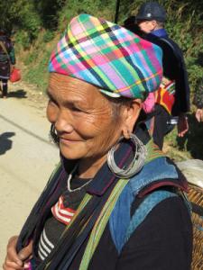 une représentante des éthnies minoritaires du Viet Nam