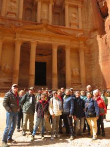 le groupe devant le Trésor à Petra